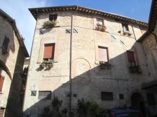 Foto - Bilocale da ristrutturare, Spoleto