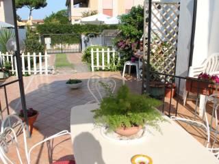 Foto - Villa bifamiliare via Donatello, Villaggio Giornalisti - Poggio, Anzio