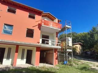 Foto - Villa a schiera via Corvenisci, Paganica - Tempera, L'Aquila