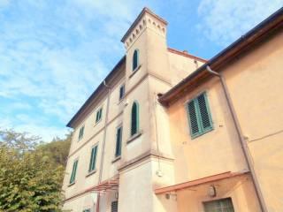 Foto - Villa plurifamiliare, buono stato, 1190 mq, Serravalle Pistoiese