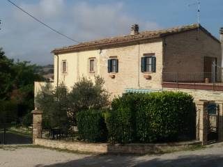 Foto - Casa colonica, buono stato, 291 mq, Montefelcino