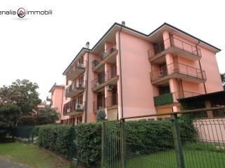 Foto - Quadrilocale via Franco Sacchetti 6, Lacchiarella