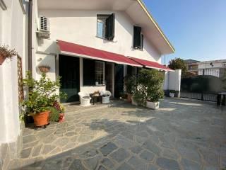 Foto - Villa a schiera via Trento 3, Beinasco