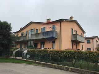Foto - Bilocale buono stato, secondo piano, Lonigo