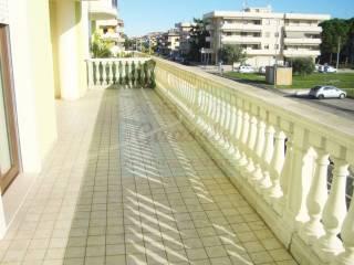 Foto - Apartamento via Duca degli Abruzzi 43, Centro, Alba Adriatica