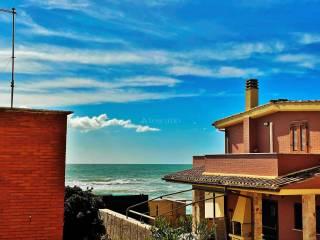 Foto - Trilocale via Arenile di Torre Flavia, Zona Domitilla, Ladispoli