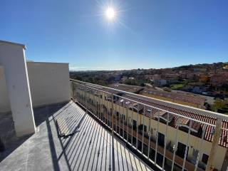 Photo - 4-room flat via Sant'Abbondio, Rignano Flaminio