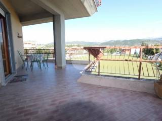 Фотография - Трехкомнатная квартира via Montorio al vomano, Torretta - Torrione, L'Aquila
