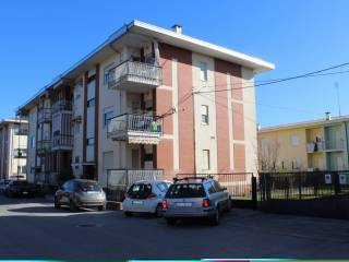 Foto - Quadrilocale via Bra 22, Mondovì