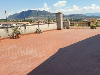 Photo - Penthouse via Matulli, Rignano Flaminio