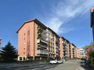 Foto - Quadrilocale via marzabotto 6, Savonera, Collegno
