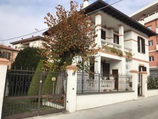Foto - Villa unifamiliare via 24 Maggio 11, Villa Comunale, L'Aquila