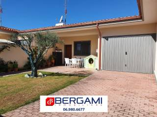 Photo - Terraced house via Miglioramento 43, Rinascimento, Anzio