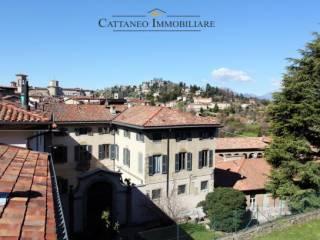 Foto - Monolocale via Solata 10, Città Alta, Bergamo