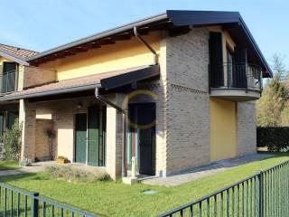 Foto - Villa a schiera via Castelnuovo, Tradate