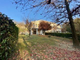 Foto - Villa bifamiliare, buono stato, 363 mq, Boccia d'Oro, Moncalieri