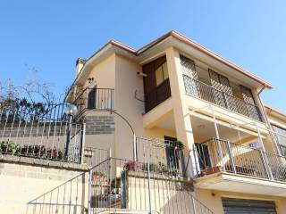 Photo - Terraced house 4 rooms, Capena