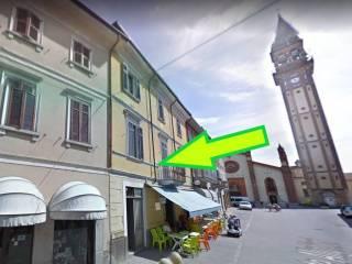 Foto - Quadrilocale via Dante Alighieri 7, Mede