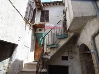 Foto - Bilocale via Mirtense, Monte Santa Maria, Poggio Nativo