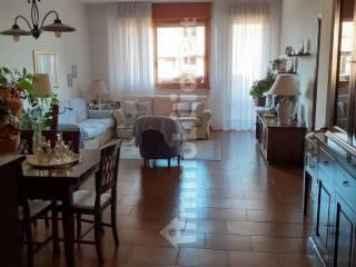 Foto - Quadrilocale buono stato, settimo piano, Ospizio - San Maurizio, Reggio Emilia