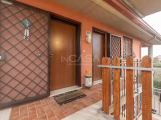 Photo - 3-room flat via Costantino 28, Camionabile, Guidonia Montecelio