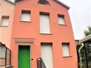 Photo - Terraced house via Alessandro Volta, Cerchiate, Pero