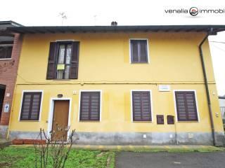 Foto - Terratetto unifamiliare piazza Camillo Benso di Cavour 9, Lacchiarella