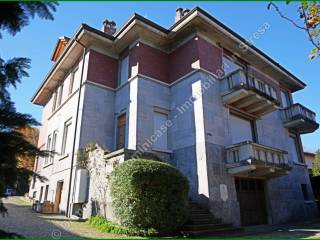 Foto - Villa plurifamiliare viale Virgilio 54, Stresa