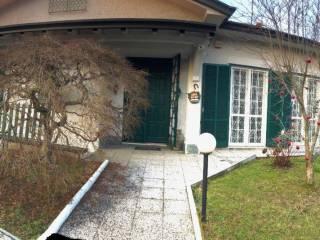 Foto - Villa unifamiliare via Alcide De Gasperi, Marnate