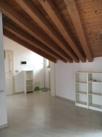 Affitto appartamento bergamo trilocale in via paglia for Trilocale in affitto bergamo