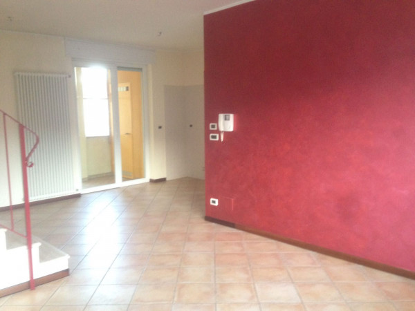 foto  Appartamento via Cavour, Borgo San Dalmazzo