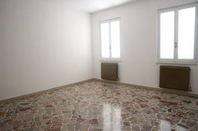 foto Appartamento Affitto Buscate