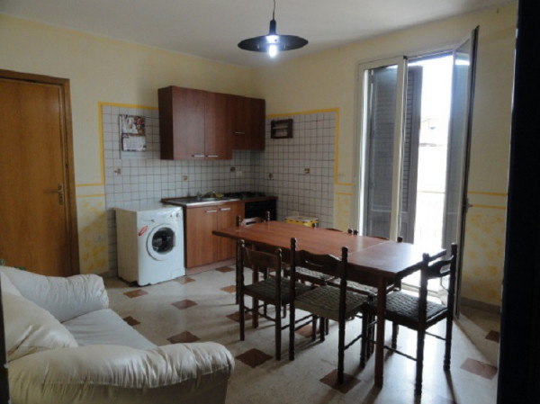 Affitto appartamento ficarazzi monolocale in via for Monolocale palermo affitto arredato