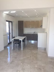 foto Appartamento Affitto Locri