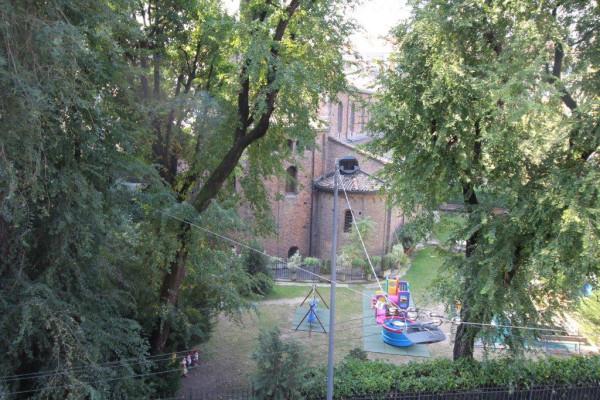 foto vista Quadrilocale via Ariberto, Milano