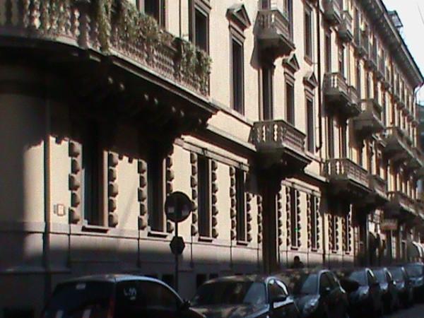 foto facciata Trilocale via Ariberto, Milano
