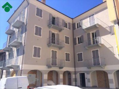 foto Appartamento Affitto Monforte d'Alba
