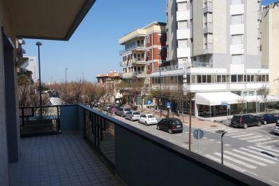 foto Appartamento Affitto Pesaro