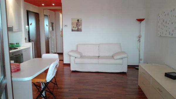 Affitto appartamento in via gran sasso reggio emilia for Affitto appartamento arredato reggio emilia