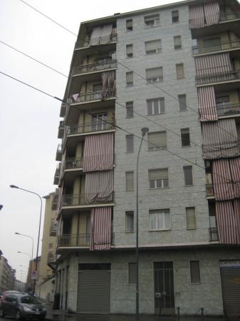 Affitto appartamento torino bilocale in via cardinale for Appartamento design torino affitto