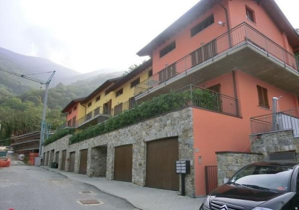 foto  Trilocale via strada nuova per oro, Bellano