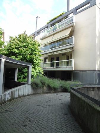 foto stabile Quadrilocale buono stato, primo piano, Bergamo
