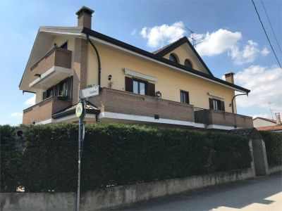 foto Appartamento Vendita Castano Primo