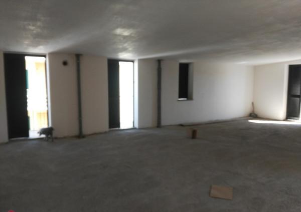 foto  Monolocale nuovo, terzo piano, Castello di Cisterna