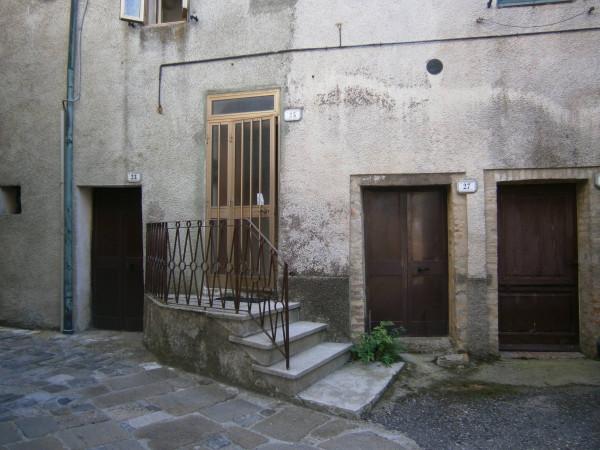 foto  Appartamento da ristrutturare, piano terra, Chiusdino