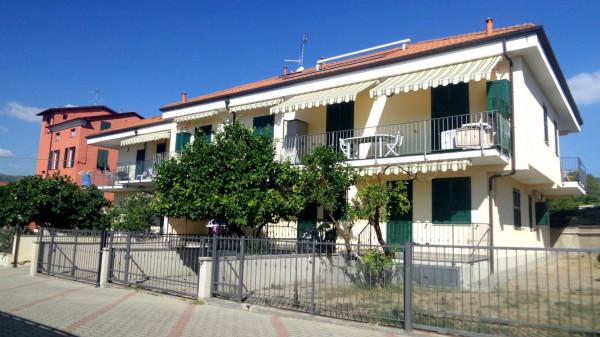 Vendita appartamento diano marina bilocale in via c for Planimetrie per case di 3000 piedi quadrati