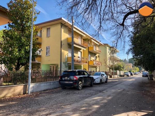 foto  Quadrilocale via basilicata, 16, Foligno