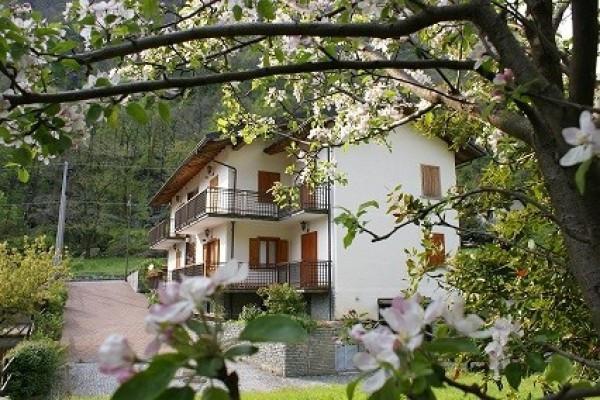 foto  Trilocale Località Versa 18, Fontainemore