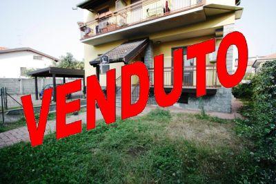 foto Appartamento Vendita Garbagnate Milanese