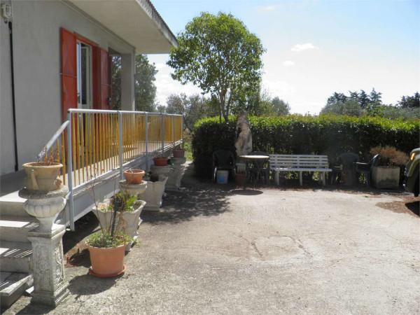 foto  Quadrilocale contrada pescofaliero, Gravina in Puglia